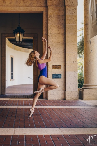 Ballet Dancer in Tampa, Florida | Pointe Shoes | Dance Photographer